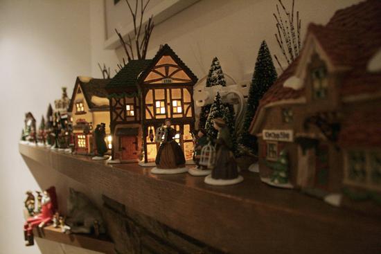 Christmas Carolers Figurines Large Myideasbedroomcom