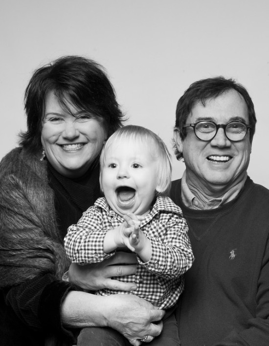 artistic-black-and-white-family-portraits-08